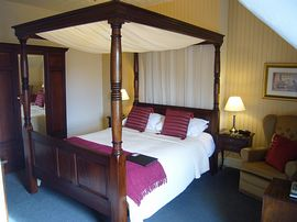 Four poster bedroom, room 5.