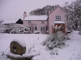 Gate Cottage in the snow